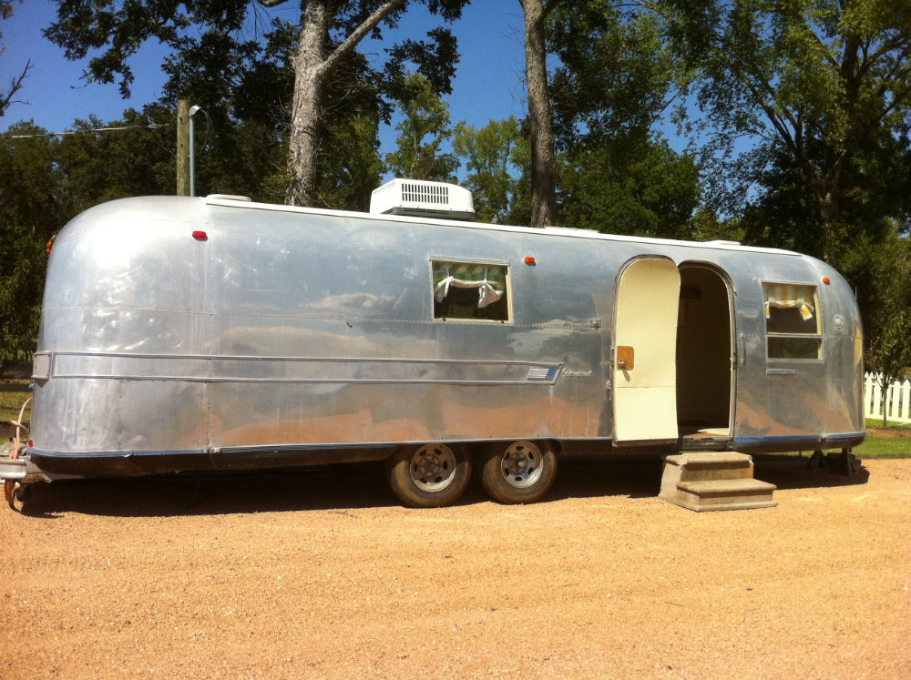 1964 Airstream Sovereign 30 Texas