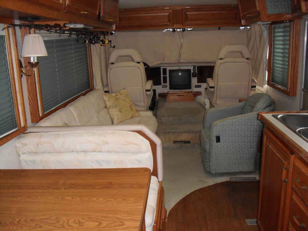 1994 Airstream Land Yacht 33 Florida