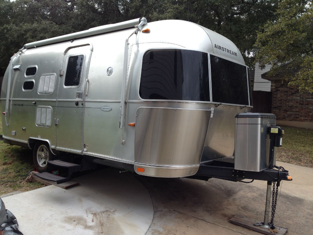 2010 Airstream Flying Cloud 20 Texas