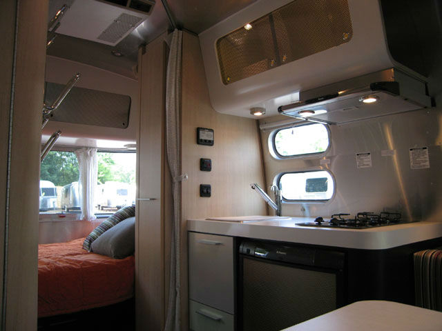 2008 Airstream Bambi 16 Washington