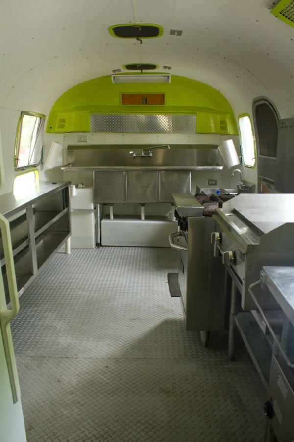 1970 Airstream Safari 23 Texas