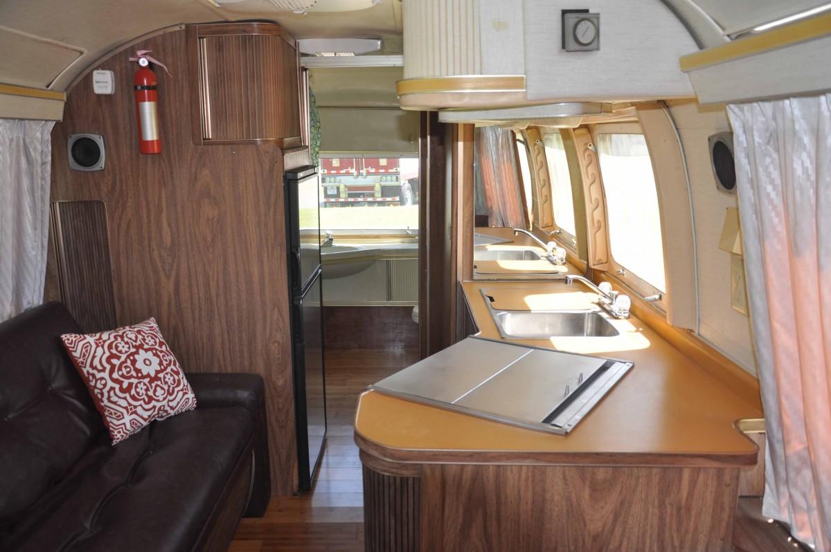 1976 Airstream Caravanner 25 Ohio