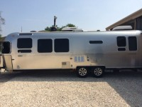 2011 Airstream Flying Cloud 30 - Texas