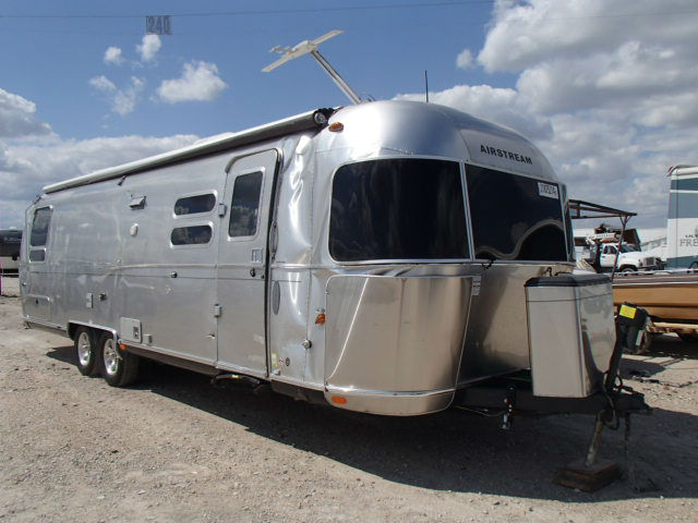 2013 Airstream Flying Cloud 30 Texas