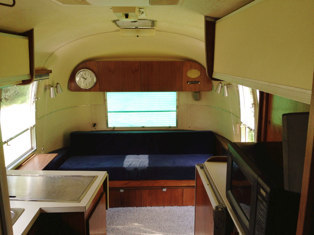 Trailer Ac Unit >> 1966 Airstream Overlander 26 - Colorado