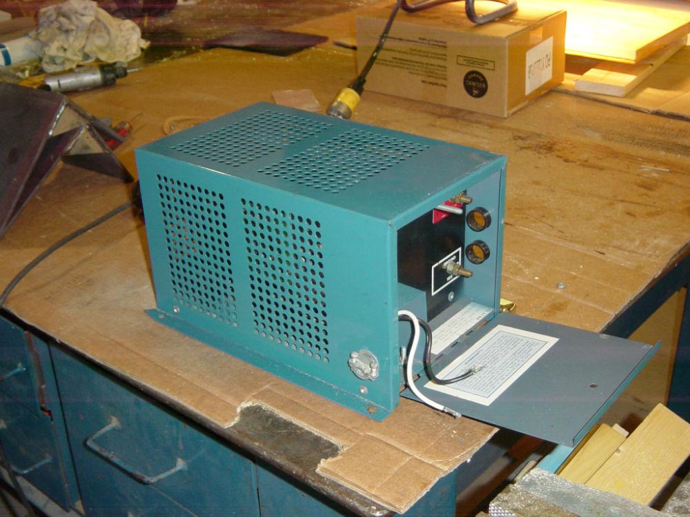 Univolt Iii  Auto Battery Charger  Power Supply  Model  35