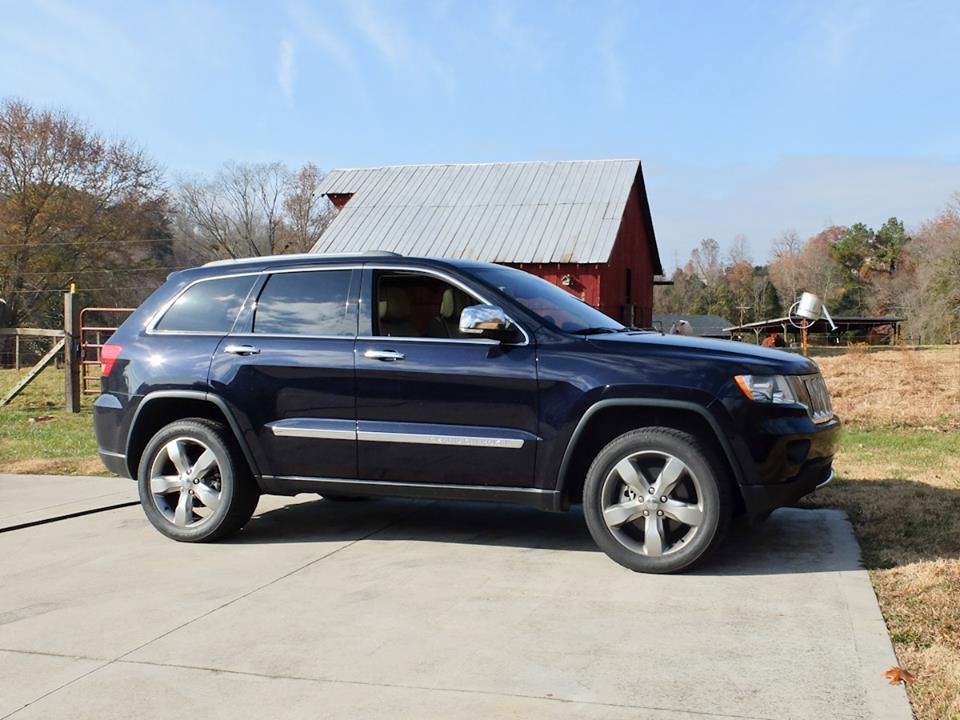 2011 jeep grand cherokee overland w tow pkg extended warranty loaded. Black Bedroom Furniture Sets. Home Design Ideas