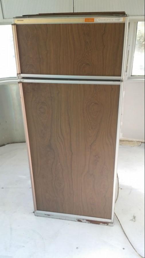 1972 Overlander Refrigerator Oven And Shower Door