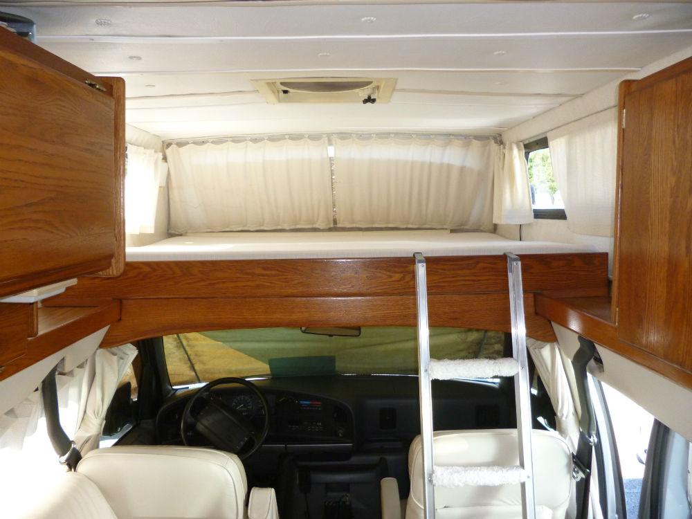 1995 Airstream 190 B Van 19