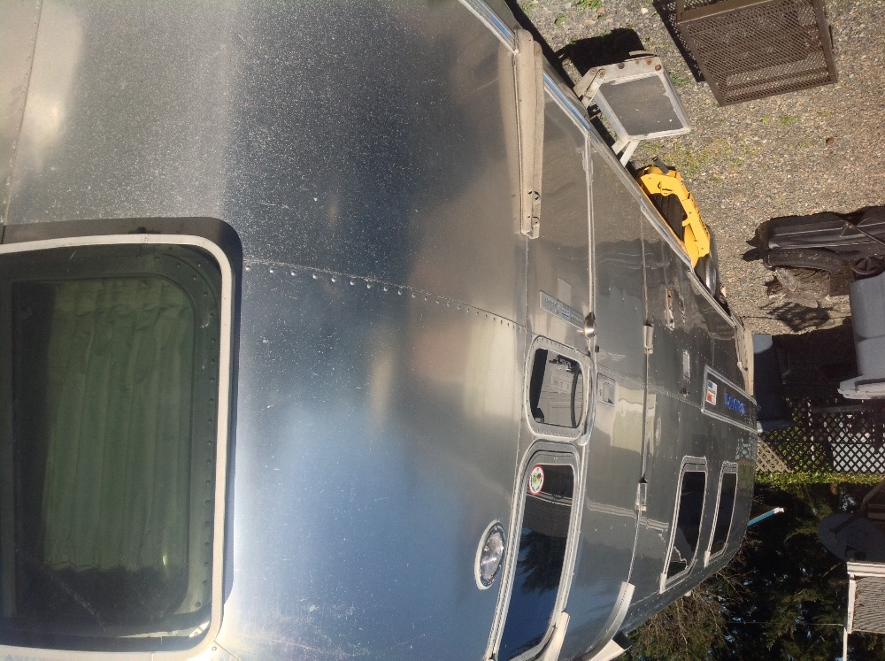 In Search Of Airstream Overlander 27 Curbside Awning