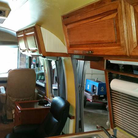 Only The Interior Of 84 Airstream Motorhome 290