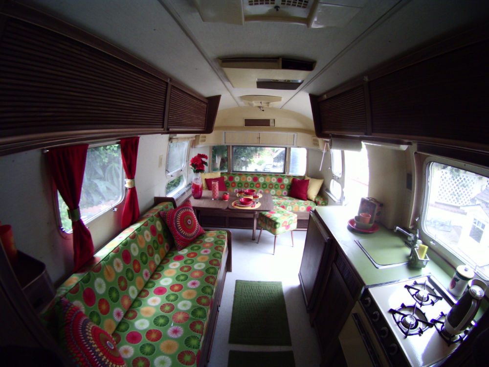 1972 Airstream Globetrotter 21 California