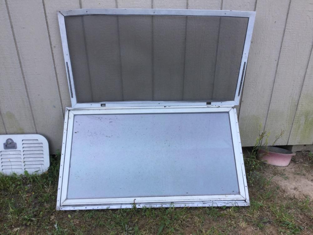 Clearance Parts Windows Doors Misc From 79 Argosy
