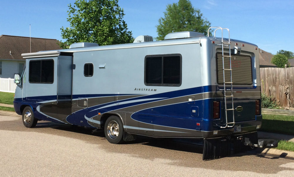 2004 airstream land yacht gas 30 sl 30 indiana. Black Bedroom Furniture Sets. Home Design Ideas
