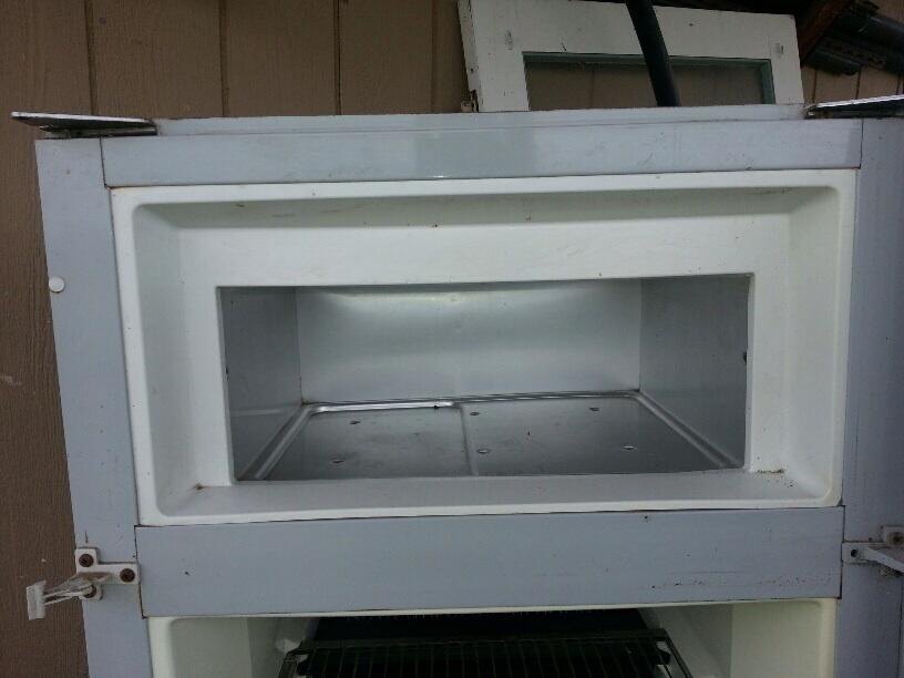 Vintage Dometic Refrigerator Model Rm75
