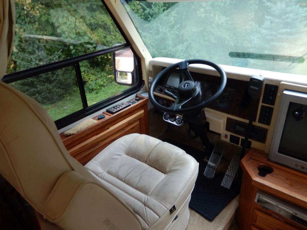 1997 Airstream Land Yacht 33 Minnesota
