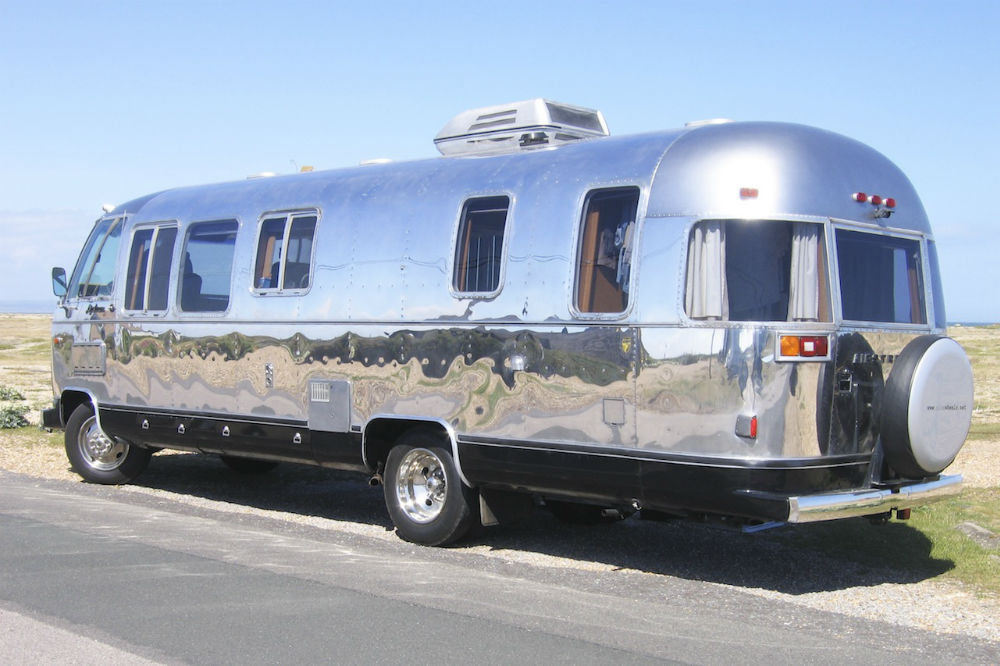 1979 airstream excella 28 28 england for Classic motor homes for sale