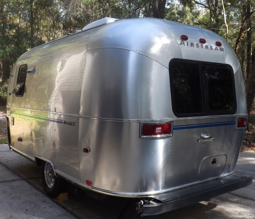 2000 Airstream Bambi 19 Florida