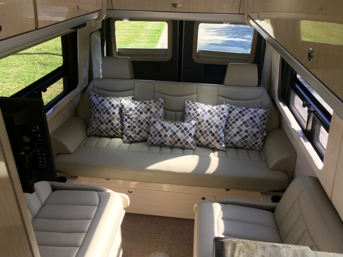 2014 airstream interstate ext coach null texas for Interior design 77379