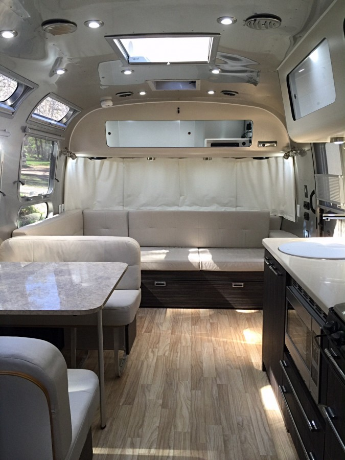2016 Airstream International Signature 30 South Dakota