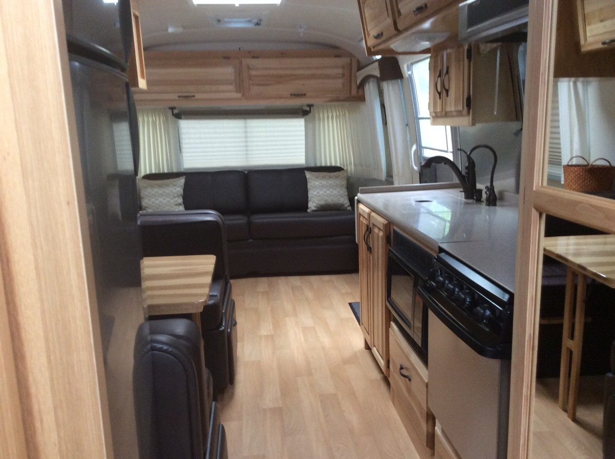 2014 Airstream Classic 30 California
