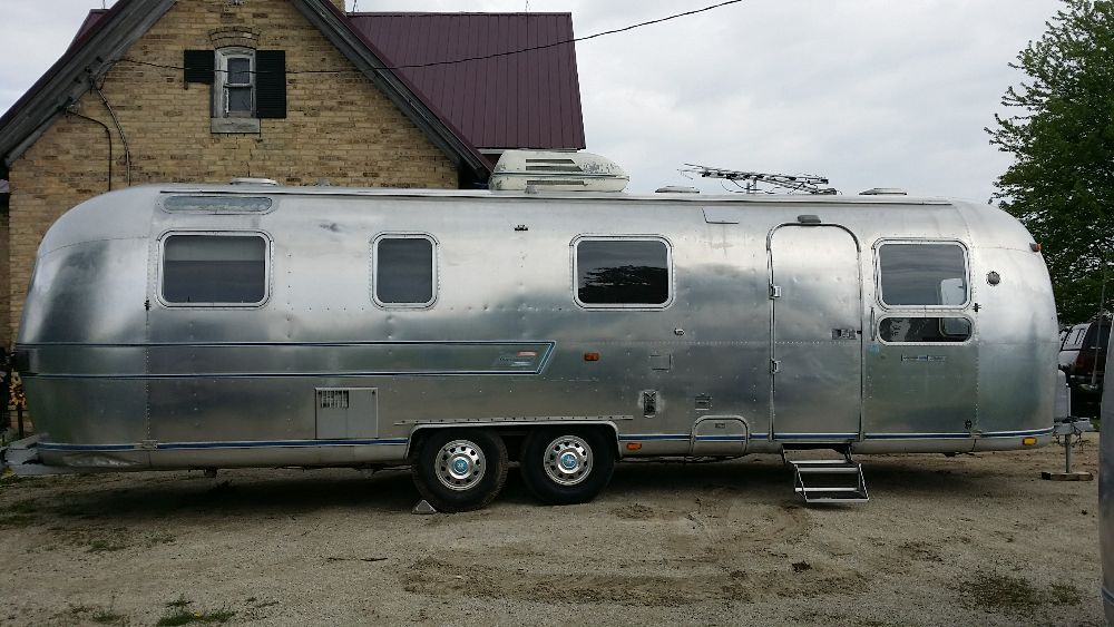 1976 Airstream Sovereign 31 Wisconsin