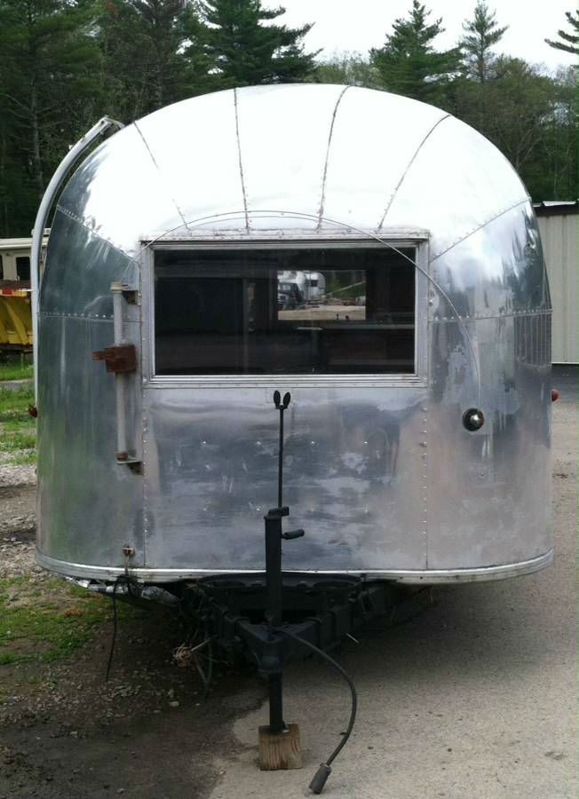 1963 Airstream Sovereign 30 Rhode Island