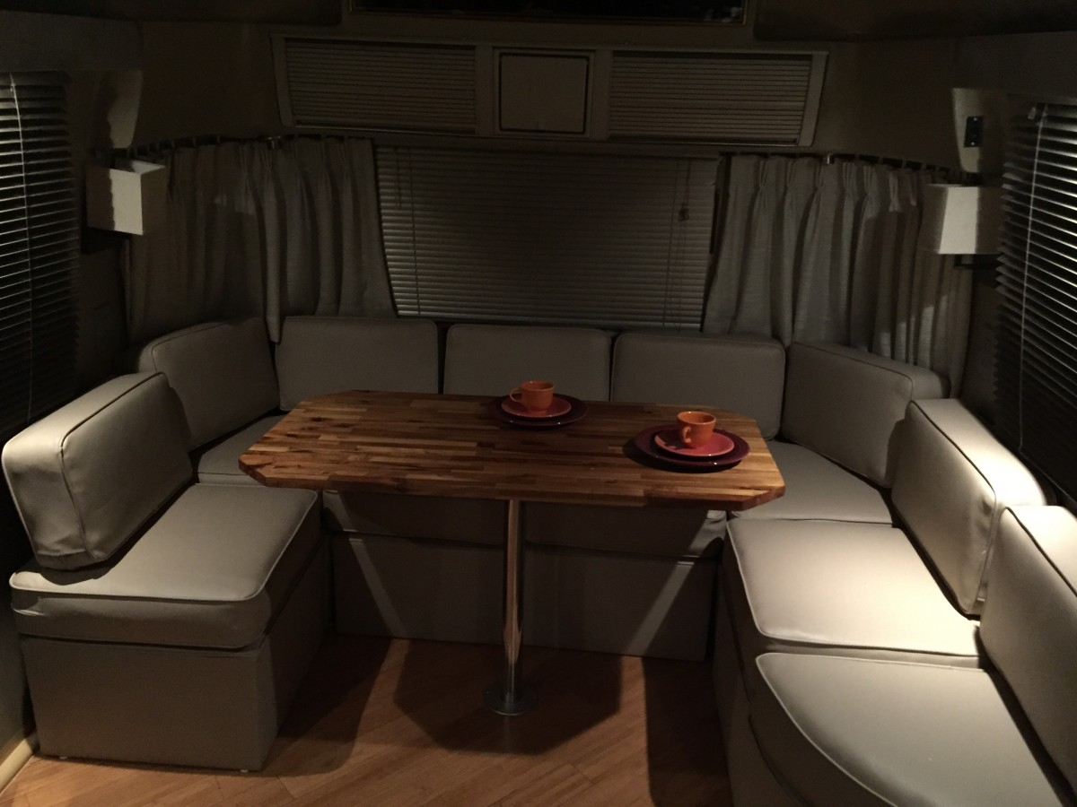 1985 Airstream Sovereign 31 Texas