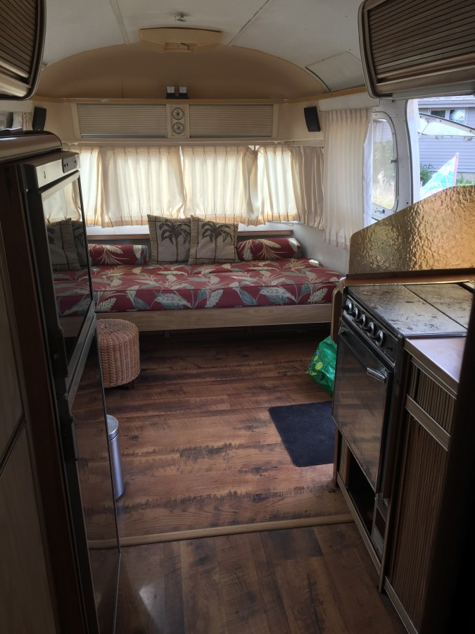 1974 Airstream Sovereign 31 Oregon