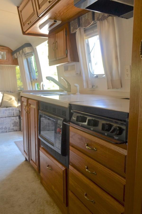 2002 Airstream Classic 30 Colorado