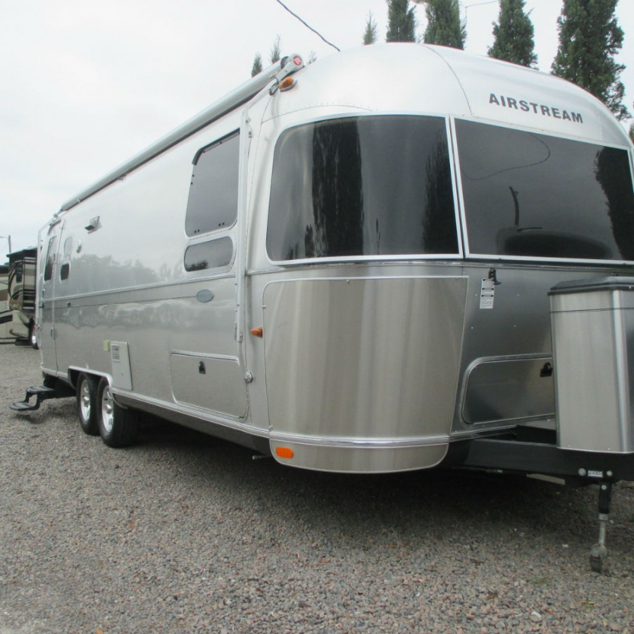 Airstream: 2014 Airstream Flying Cloud 27