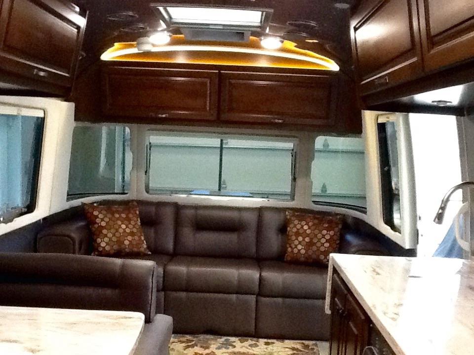 2015 Airstream Classic 30 Indiana