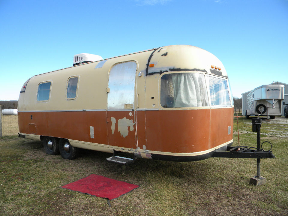 ---1967 Airstream -- for Sale in Missouri City, Missouri