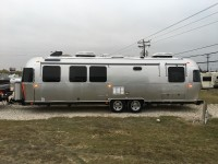 2017 Airstream Classic 30 - Texas