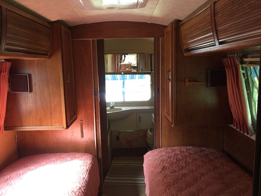 Used Couches For Sale >> 1985 Airstream Excella 34 - Minnesota