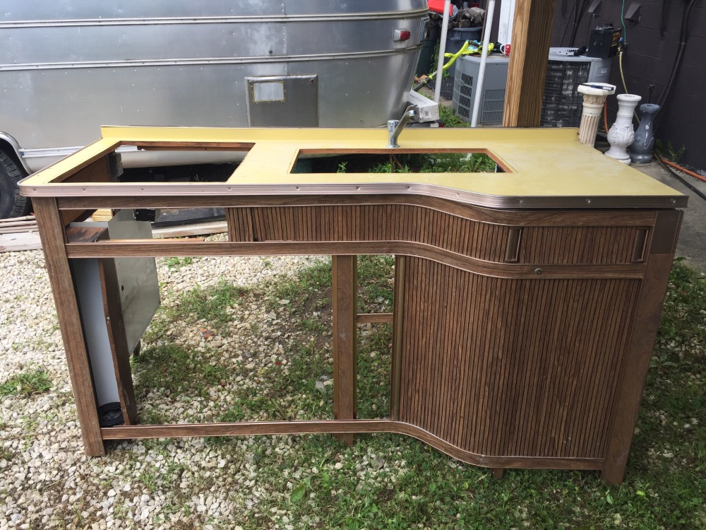 1973 Airstream Cabinets And Miscellaneous Parts