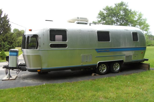 1986 Airstream Sovereign 25 Michigan