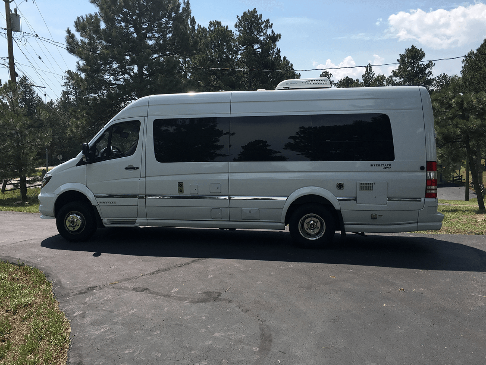 2017 Airstream Interstate Grand Tour Ext 0