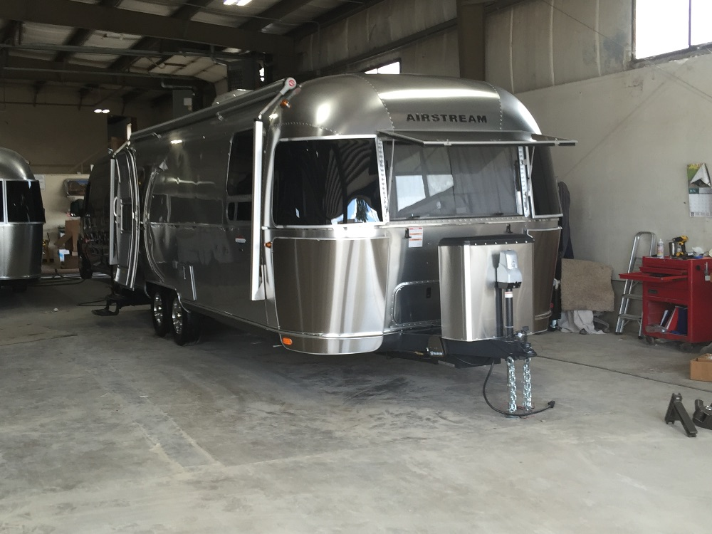 2016 Airstream International Signature 28 Indiana