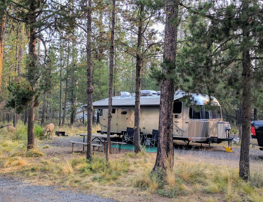 Airstream Flying Cloud 25FB