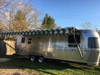 2017 Airstream Tommy Bahama 28 - California