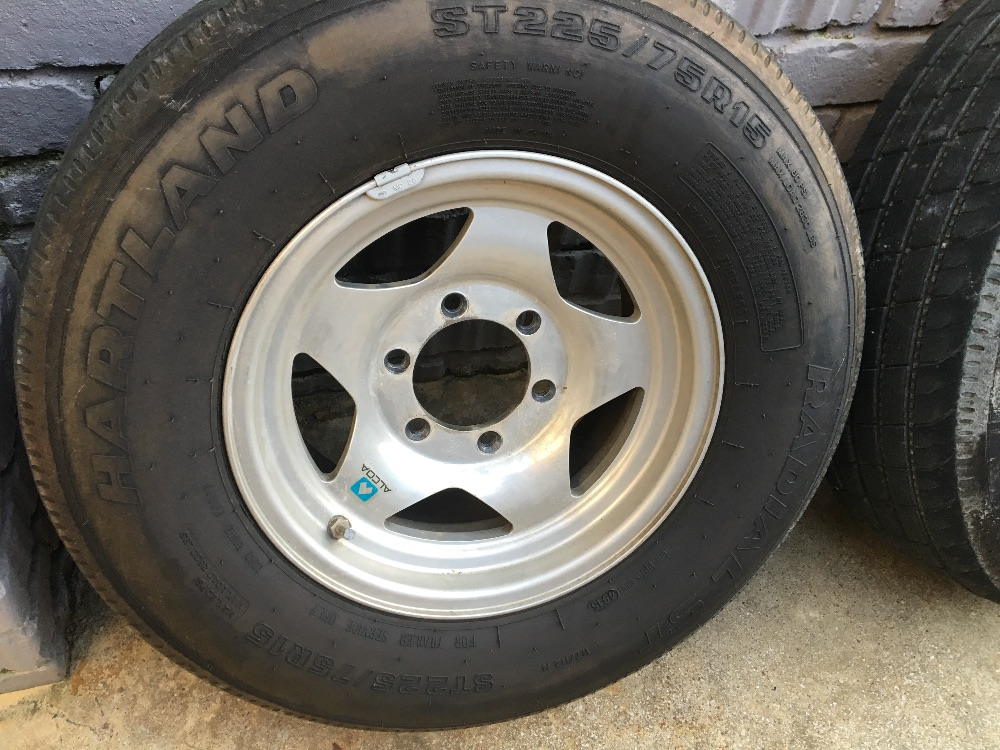15x6 Alcoa Wheels And Tires