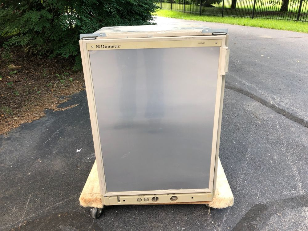 Rv Refrigerator For Sale >> 2 Way Dometic Rv Fridge For Sale Works