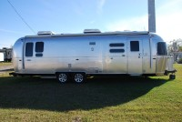 2018 Airstream Flying Cloud 30 - Florida
