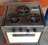 WANTED:  1962 Meynell 3-Burner Stove/Oven