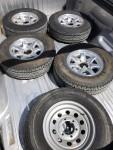 """Full Set of 15"""" Airstream Rims & Tire"""